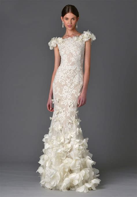 Wedding Dress Trends by 2017 Wedding Dress Trend You Need To About 3d Floral
