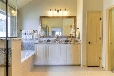Marble Door Dallas Tx by 86 Best Images About Gehan Homes Master Bathroom Gallery