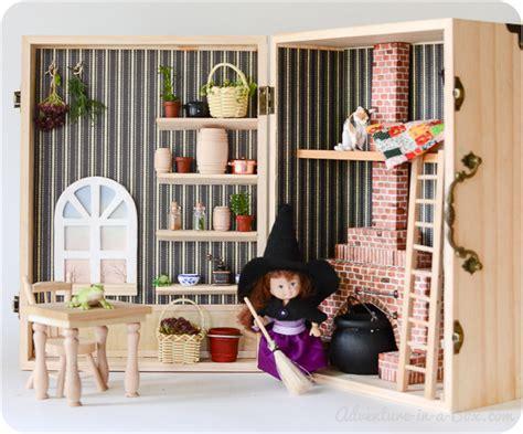 dollhouse   box simple portable  fun