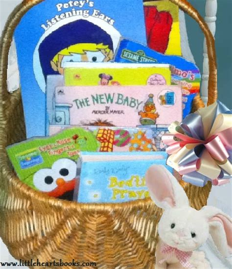 the baby favor books 25 must books for baby bookworms hearts