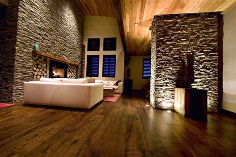 interiores de piedra piedra y madera para los revestimientos de paredes