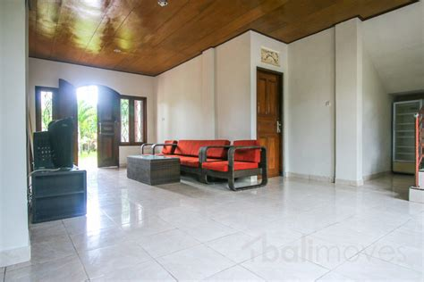 6 bedroom house for rent three bedroom house with big garden on 500m2 land sanur s local balimoves property
