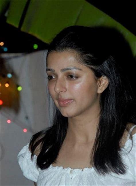 tamil actress without makeup kollywood celebrities apexwallpapers actress without makeup tamil actress wallpapers