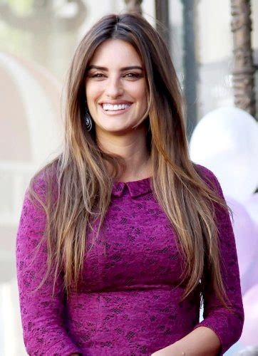long hair female actor hollywood penelope cruz measurements height weight bra size age wiki