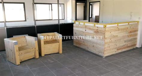 poltrone e sofa como poltrone e bar con pallet riciclatimobili con pallet