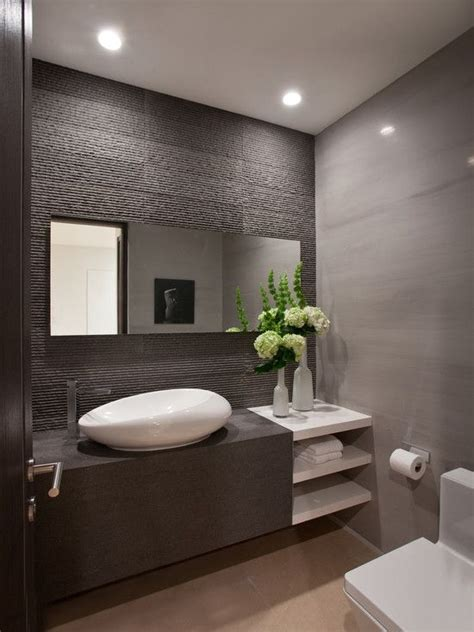 contemporary bathroom decorating ideas 1000 ideas about modern bathrooms on pinterest modern