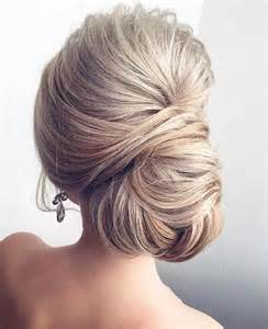 hair style 25 best ideas about chignons on pinterest simple hair