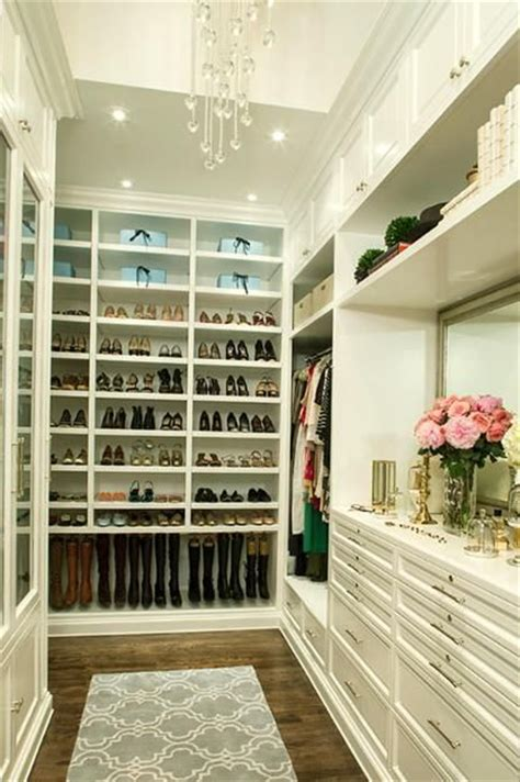 Bedroom Walk In Closet Designs 33 Walk In Closet Design Ideas To Find Solace In Master Bedroom Design Boots And Walk In