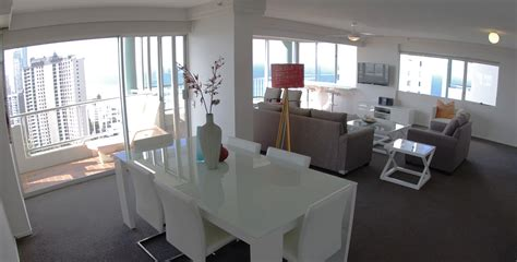 2 bedroom apartments in gold coast 2 bedroom superior apartments gold coast