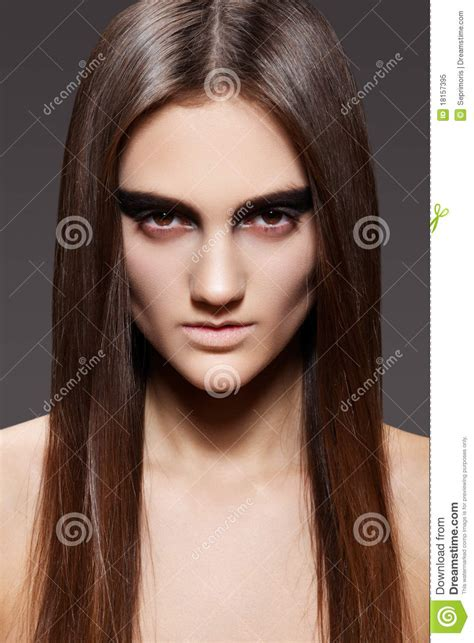models with stright hair high fashion model evening make up straight hair royalty