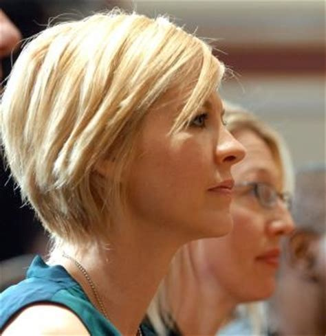 jenna elfman hair styles back view jenna elfman textured bob short hair hair pinterest