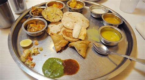 essen stuttgart indisch essen im ceylonas in stuttgart west of rian