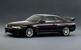 Nissan Skyline 1995 1995 Nissan Skyline Gt R R33 Front Three Quarter Photo 14