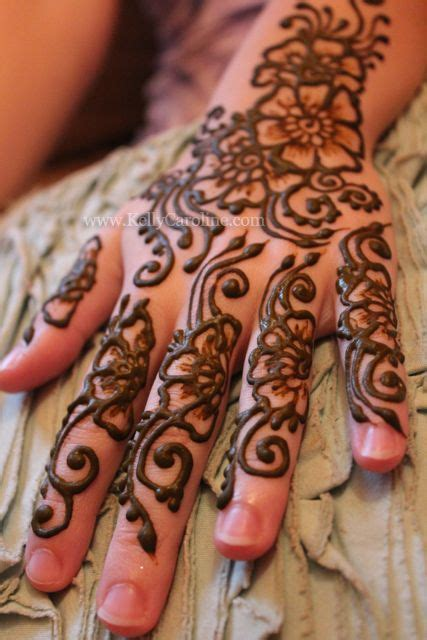 henna tattoo artist canberra 1000 ideas about floral henna designs on
