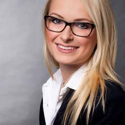 Porsche Stuttgart Ferienjob by Anna Fiess Werkstudentin Corporate Quality Dr Ing H