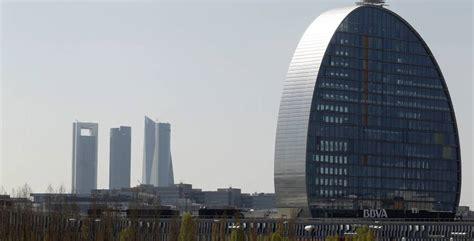 bbva oficinas en madrid bbva cerrar 225 132 oficinas en espa 241 a ante el mayor uso de