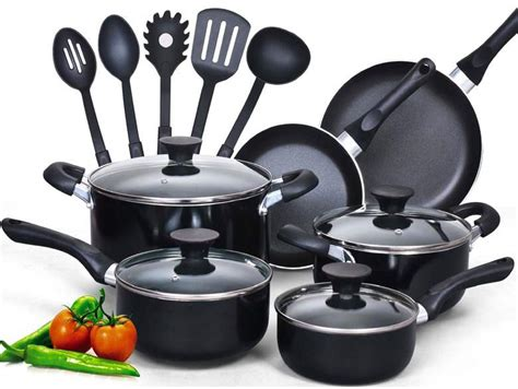 best pans to cook with top 10 best cookware sets 2018 your easy buying guide