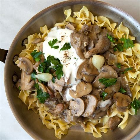 vegetarian recipes with egg noodles 17 best ideas about stroganoff on