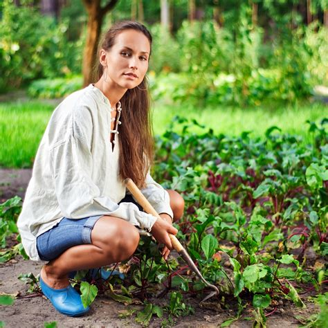 First Time Gardener Tips for Every Woman   FemSide.com