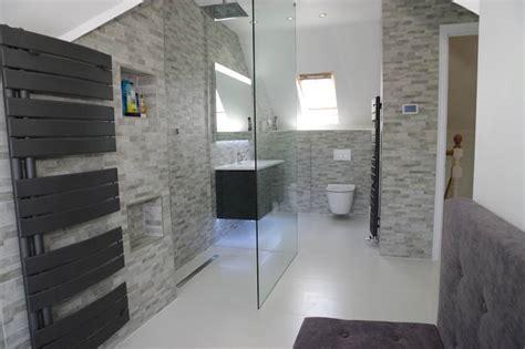 bagno con sanitari sospesi i sanitari sospesi belli e comodi