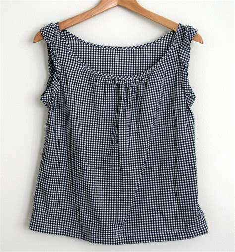 Picnic Top gingham picnic top sewing projects burdastyle