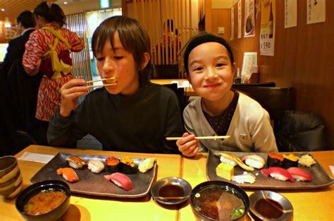 Kid Jp Mkburgers must eat food in japan for 29 japanese foods