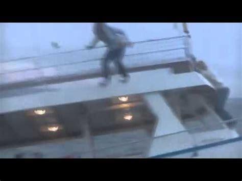 joy ride boat sinking 2014 shark attack submarine submarine shark attack