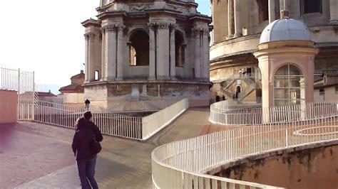 gradini cupola san pietro le scale della basilica di san pietro