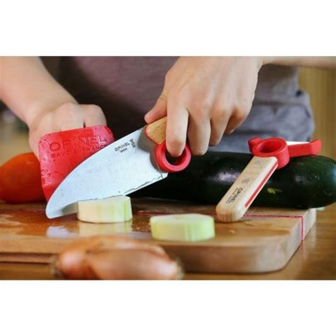 kids kitchen knives opinel le petit chef allows kids to prep food safely