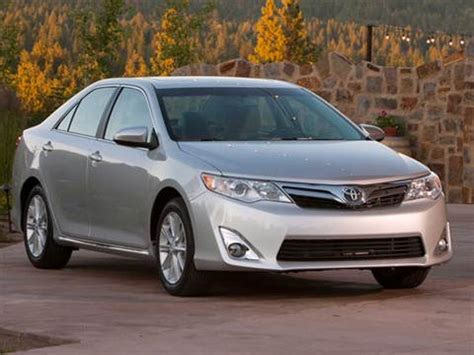 2012 toyota camry pricing ratings reviews kelley blue book