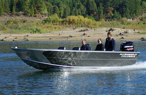 aluminum fishing boats manufacturers alumaweld premium all welded aluminum fishing boats for