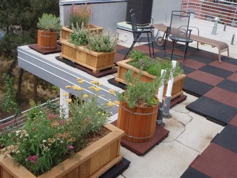 Rooftop deck ideas, cheap deck ideas with roof designs
