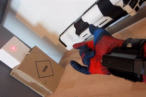 How To Make Paper Web Shooter - your move spider inventor creates working web shooter