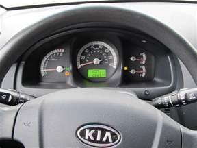 2008 kia sportage esc traction light on 1 complaints