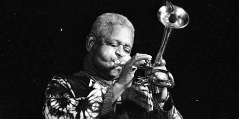 biography jazz musicians trumpet player dizzy gillespie biography jazz legendteen