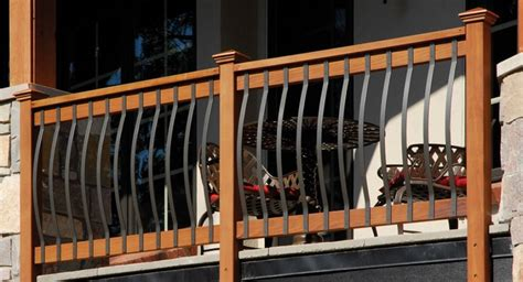 deck railing this deck railing consists of woode