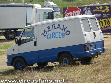 circo merano a torvaianica rm merano fotografie