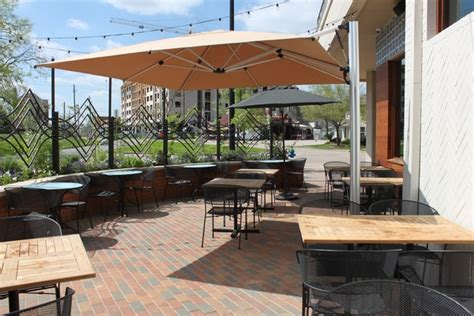 Patio Restaurants In Houston by Houston S Best Patio Restaurants And Bars 10 Plus New