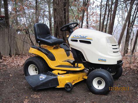 cub cadet lt1045 cub cadet lt1045 lawn tractor hydrostatic drive