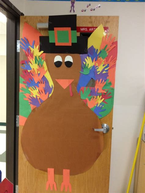 thanksgiving door decorations pin by molly on classroom ideas