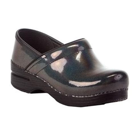 cheap nursing clogs for 68 best images about cheap dansko professional clogs on