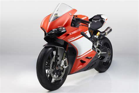 Honda V4 by 2014 Honda V4 Superbike Autos Post