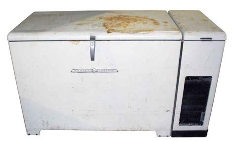 Freezer General general electric freezer olde things
