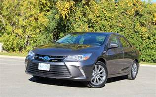 Toyota Camry 2017 Toyota Camry Hybrid Low On Excitement High On