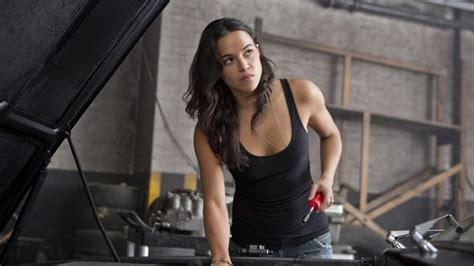 fast and furious 8 michelle rodriguez fast furious 8 film 2017 ecranlarge com