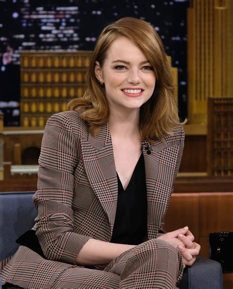 emma stone tv shows emma stone photos photos emma stone visits the tonight