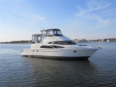 Caver Galon used carver yachts for sale from 40 to 45
