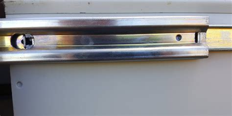 Accuride Drawer Slides Removal by Removal How To Remove An Accuride Drawer Rail On A