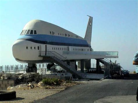 Airplane House In Lebanon Architecture Recycled
