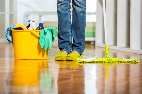 house cleaning images what your housecleaner won t tell you reader s digest